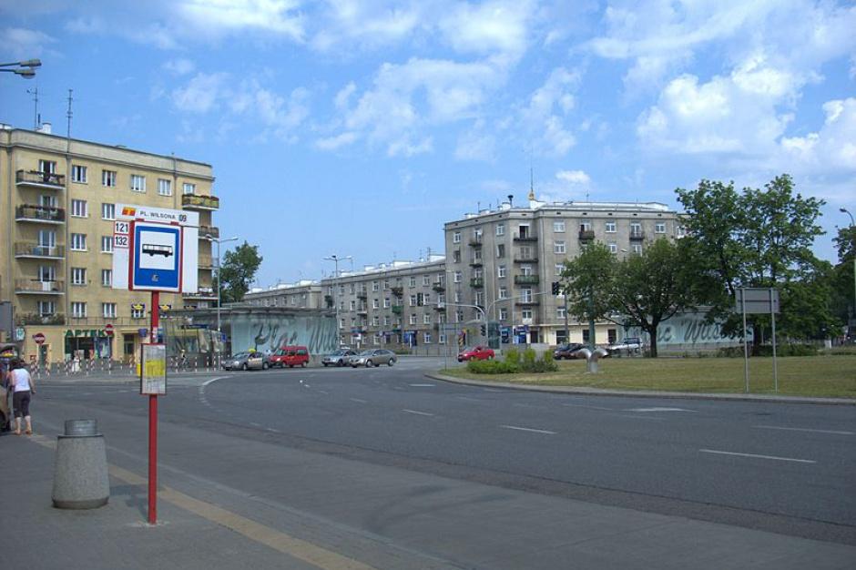Warszawa uporządkuje ruch na Placu Wilsona. Jakie zmiany?