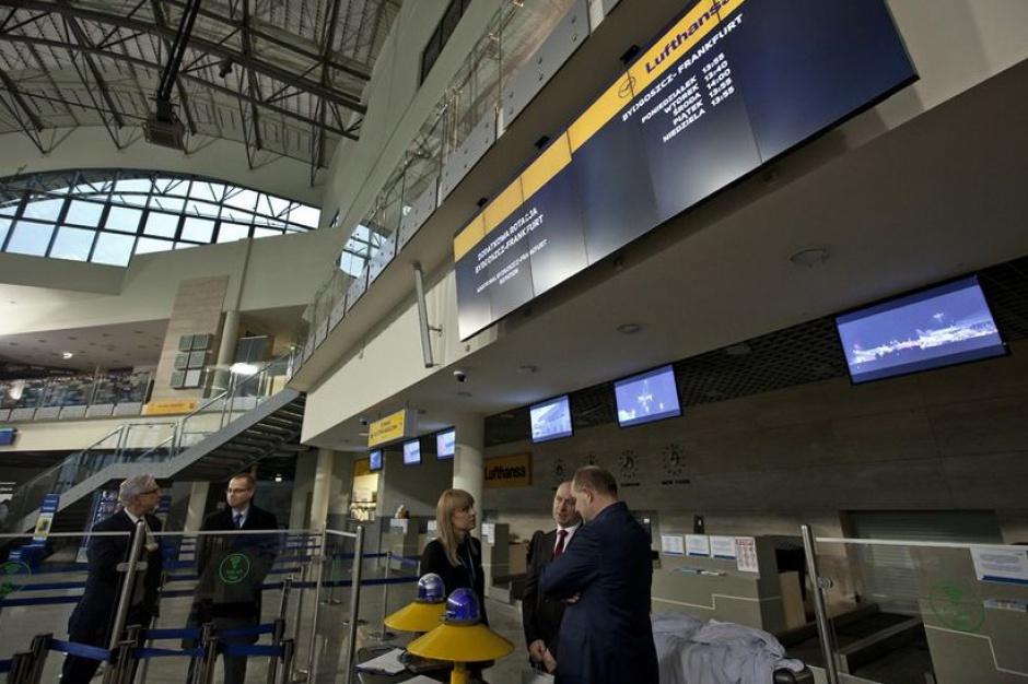 Port Lotniczy Bydgoszcz: rozbudowa i więcej lotów
