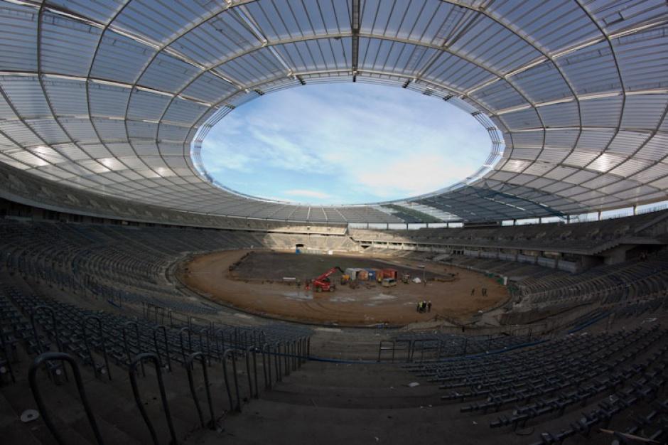 Dach Stadionu Śląskiego wreszcie gotowy