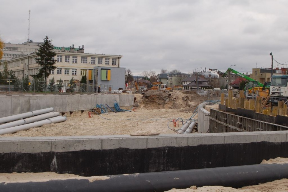Tunel w Międzylesiu: Wraca ruch na ul. Patriotów w Warszawie