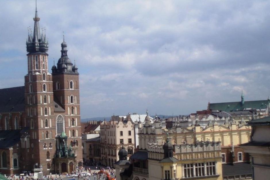 Kraków: opłatek Prezydencki i wigilia dla bezdomnych i potrzebujących
