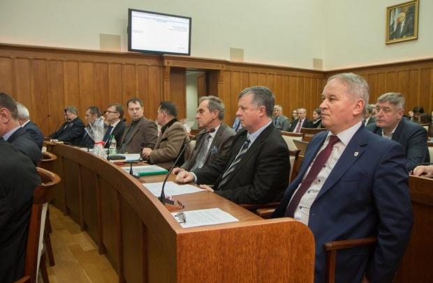 Kujawsko-Pomorskie przyjęło budżet na2016r.