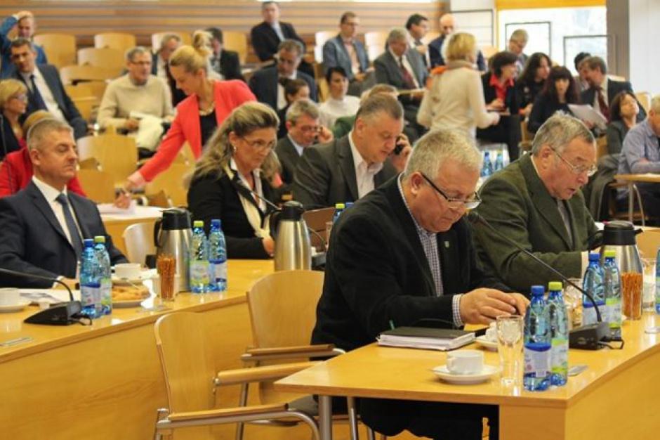 Nowe województwa: Radni za rezolucją ws. integralności Opolszczyzny