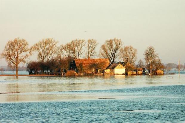 Senat: gminy nie będą musiały uwzględniać ryzyka powodziowego przy inwestycjach