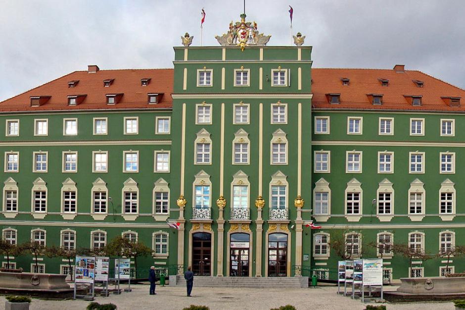 Szczecin: nowoczesna spalarnia odpadów, drogi i aquapark