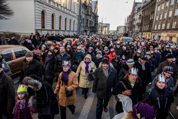 Orszaki Trzech Króli przejdą ulicami w 420 miejscowościach