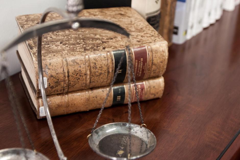 W całym kraju ruszyły punkty nieodpłatnej pomocy prawnej