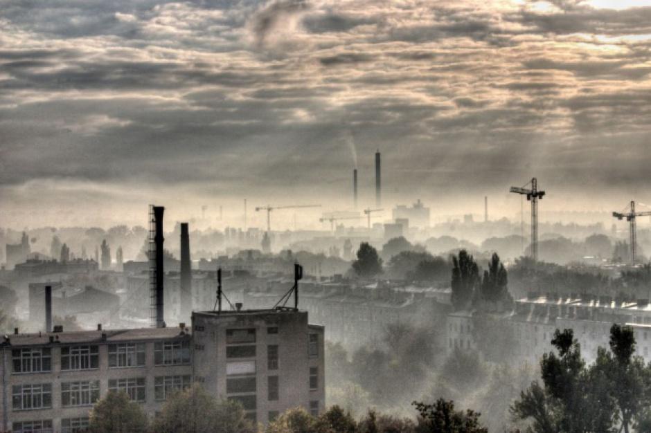 Zanieczyszczenie powietrza w miastach: Gdzie najbrudniejsze, a gdzie najczystsze?