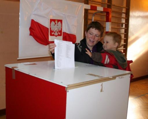 Mieszkańcy Poręby zdecydują w referendum o przyszłości burmistrza i rady miejskiej