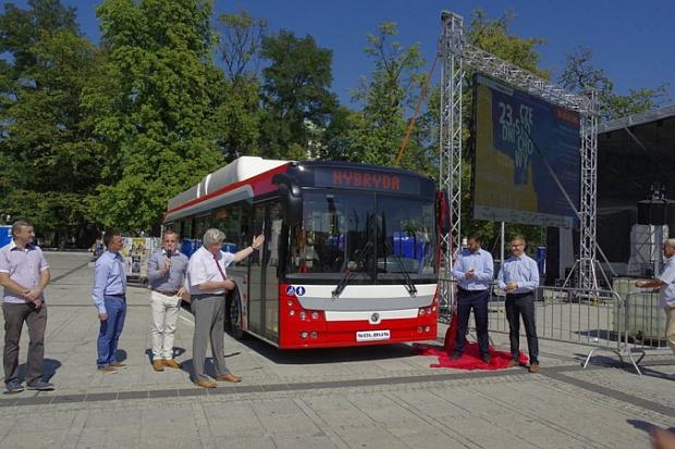 Częstochowa ma 40 nowych autobusów hybrydowych