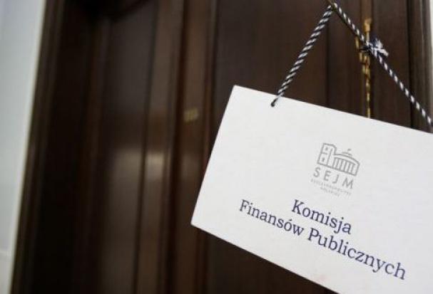 """Finanse samorządów i """"Stawka większa niż 8 mld"""": najpierw budżet państwa, potem ustawa o dochodach JST"""