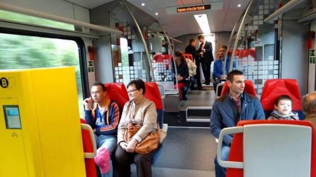 Łódzką Koleją Aglomeracyjną do Warszawy