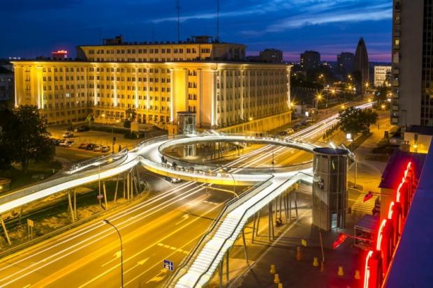 Oświetlenie kładki w Rzeszowie również zostało nagrodzone - fot.rzeszow.pl