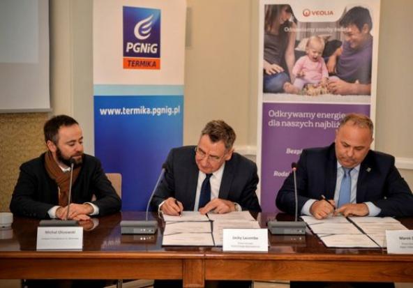 Warszawa: Umowy partnerskie na rzecz rozwoju systemu ciepłowniczego podpisane