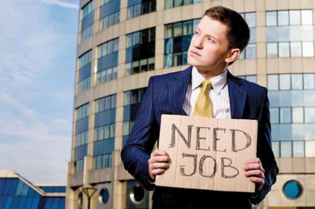 Gdzie najłatwiej znaleźć pracę? W dużych miastach i stolicach województw