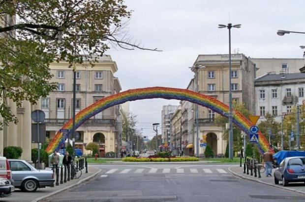 Plac Zbawiciela miejscem... modlitw za prezydenta Dudę i premier Szydło