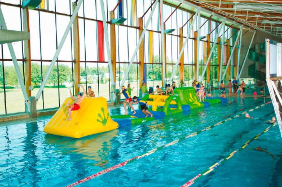 W Bydgoszczy baseny dla uczniów za darmo