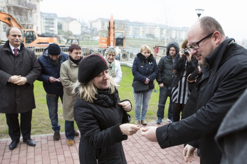 25 listopada gdańskie rodziny odebrały klucze do nowych mieszkań (fot.Jerzy Pinkas/gdansk.pl)