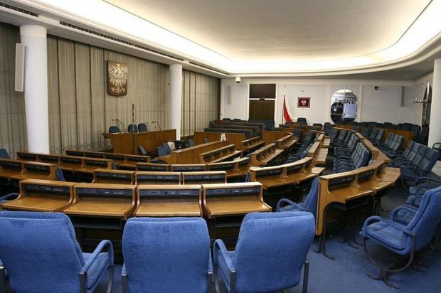 Wybory uzupełniające do Senatu: Osiem komitetów chce wystawić kandydatów