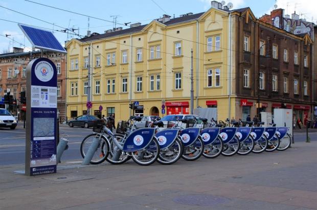 Pięciu chętnych na rower miejski w Krakowie