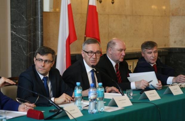 500 zł na dziecko: Zgłoszenia do programu będą przyjmowane przez trzy miesiące