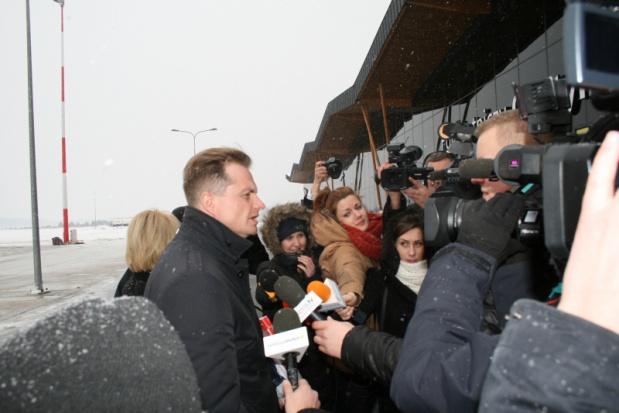 Port Lotniczy Olsztyn–Mazury: Lotnisko w Szymanach już otwarte