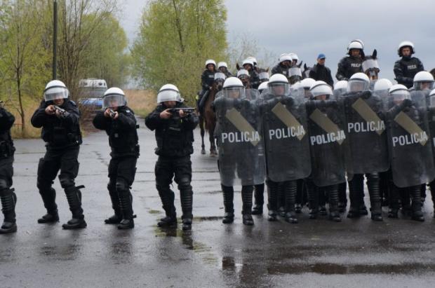 Zwolnienia w Policji: MSWiA zapowiada likwidację etatów policyjnych