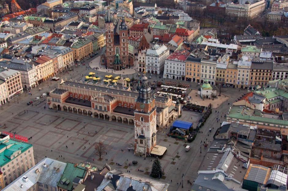 Kraków: Nowoczesne lampy uliczne dostosują natężenie światła do warunków zewnętrznych