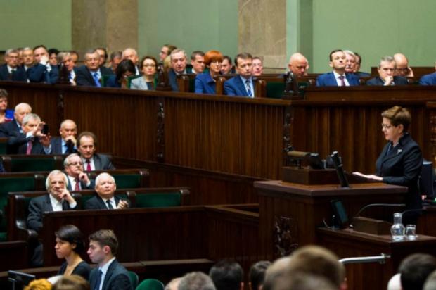 Jest decyzja w sprawie kwoty wolnej od podatku: 13 tys., czy raczej 8 tys. zł?