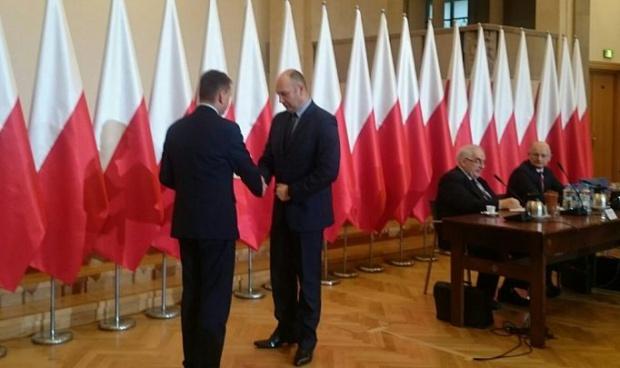 Nominacje od ministra Błaszczaka otrzymuje Sebastian Chwałek (fot.: twitter)