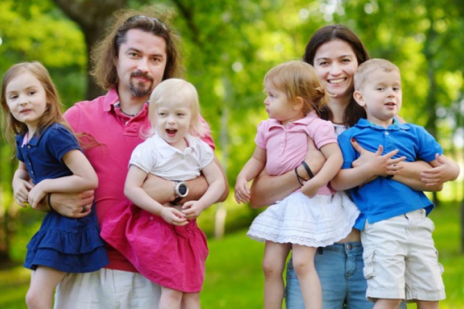Duże rodziny, podatki: Szybszy zwrot PIT z zeznania rocznego