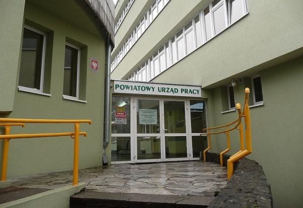 Dzień Pracownika Publicznych Służb Zatrudnienia: Jak pracuje się pracownikom urzędów pracy w Polsce?