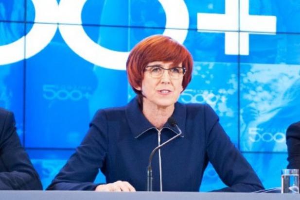 500 zł na dziecko: Jak wprowadzić ustawę w życie? Samorządy dostaną podręczniki