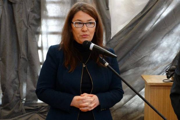 500 zł na dziecko, samotne matki: Objęcie programem 500+ matek z jednym dzieckiem wymaga wyliczeń ministra