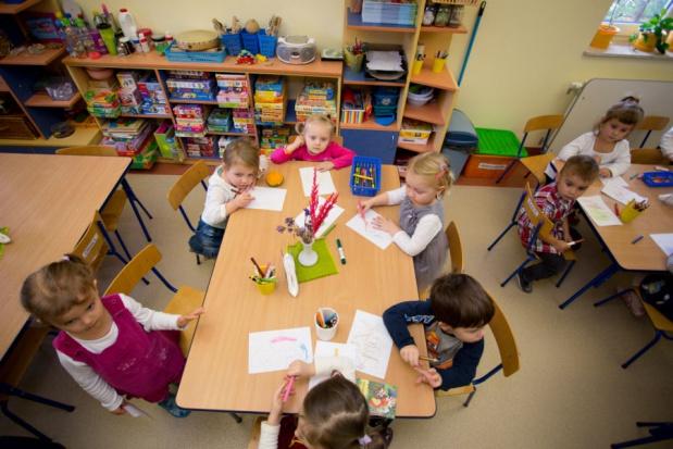 Kraków, 6-latki: Radni chcą stworzyć jednorodne wiekowo klasy