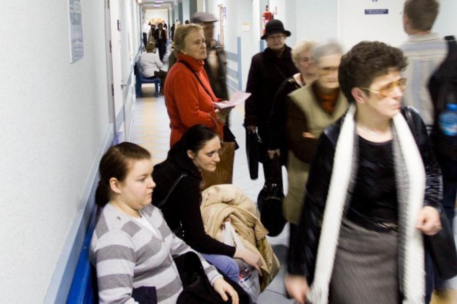 Tłumy w warszawskim szpitalu