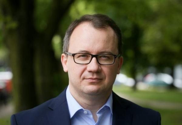 Rzecznik Praw Obywatelskich, Adam Bodnar: farmy wiatrowe nadal poza kontrolą