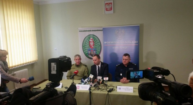 Dolnośląskie, Zgorzelec, uchodźcy: Przy granicy z Niemcami będzie więcej patroli policji i straży granicznej