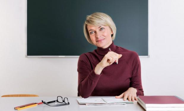 Pensje nauczycieli, finansowanie: ZNP chce by wynagrodzenia były wypłacane z budżetu państwa