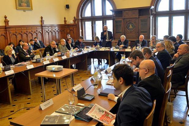 Krakowscy samorządowcy na spotkaniu z parlamentarzystami z terenu Małopolski