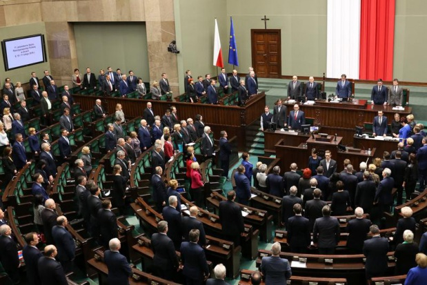500 zł na dziecko: Sejm nie odrzuci projektu wprowadzającego program 500 plus