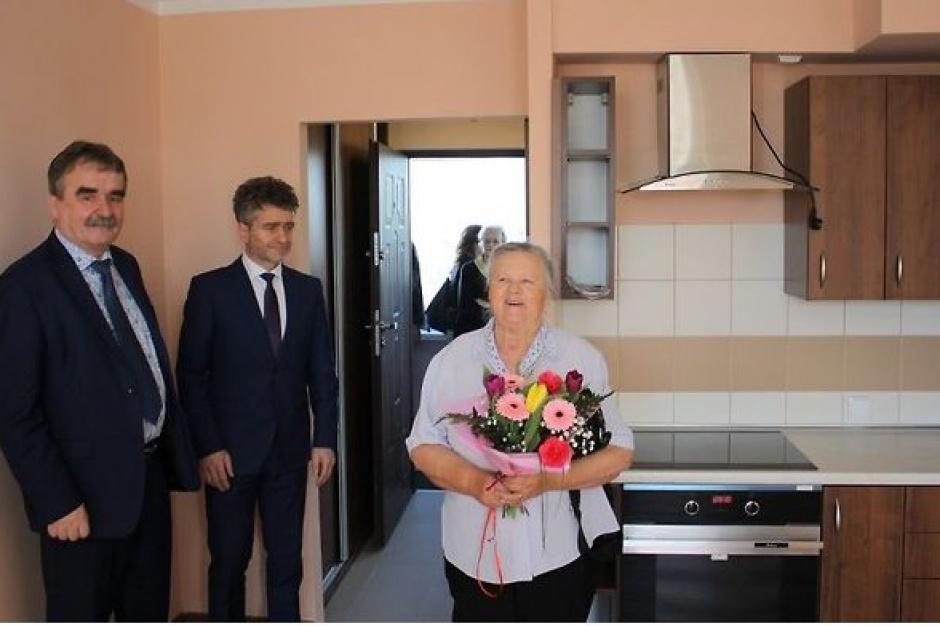 Kielce: Otwarcie kolejnych mieszkań aktywizujących dla seniorów