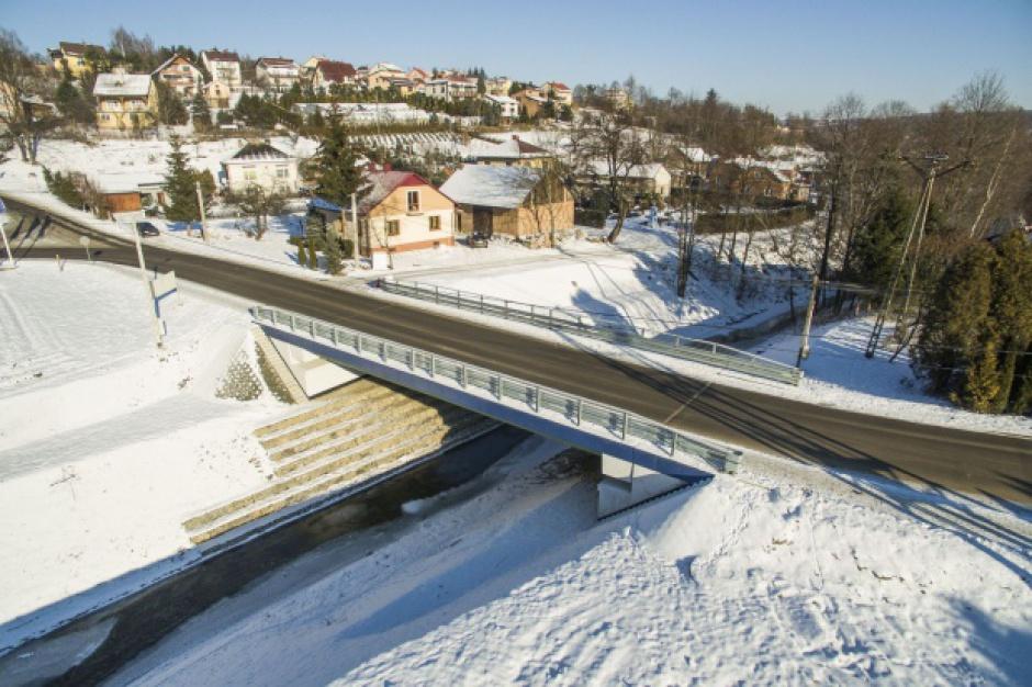 Podkarpackie, Błażowa: Powstał pierwszy w Polsce most z materiałów kompozytowych