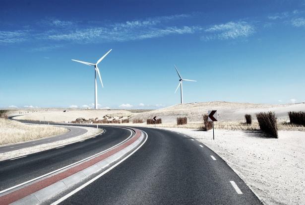 Farmy wiatrowe, Bodnar apeluje do ministrów: Trzeba wprowadzić regulacje dotyczące wiatraków