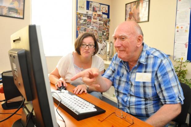 Strony administracji są niedostosowane do potrzeb niepełnosprawnych