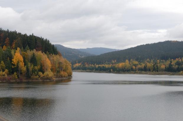 Zapora na Wiśle: Decyzja Regionalnego Dyrektora Ochrony Środowiska budzi kontrowersje