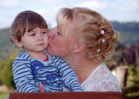 500 zł na dziecko: PO chce świadczenia na każde dziecko. Przekaże projekt prezydentowi Dudzie