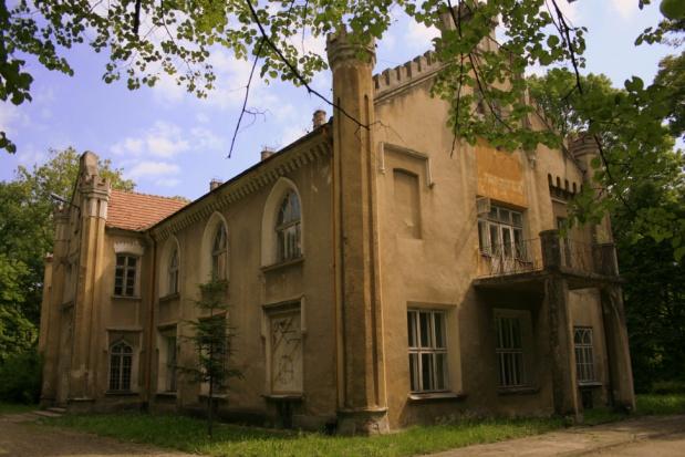 Małopolskie, Wojnicz: chcą ratować zabytkowy Pałac Dąmbskich