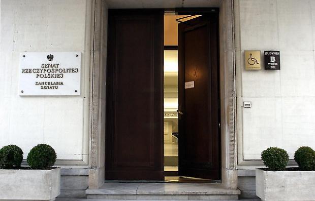 500 zł na dziecko ustawa, Mróz: Samorządy muszą mieć czas na przygotowanie do wypłat. Trzeba szybko przyjąć ustawę 500+