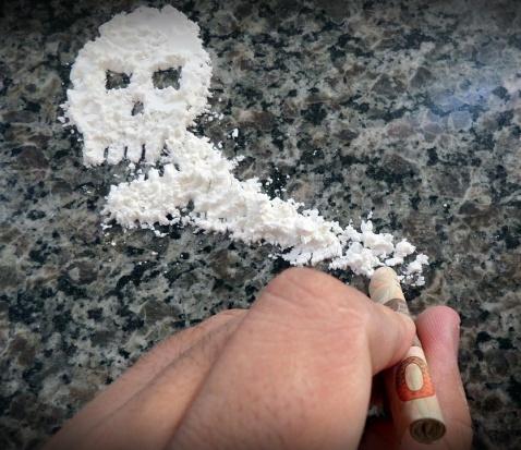 Narkomania: Samorządy mają kluczową rolę w walce z narkotykami